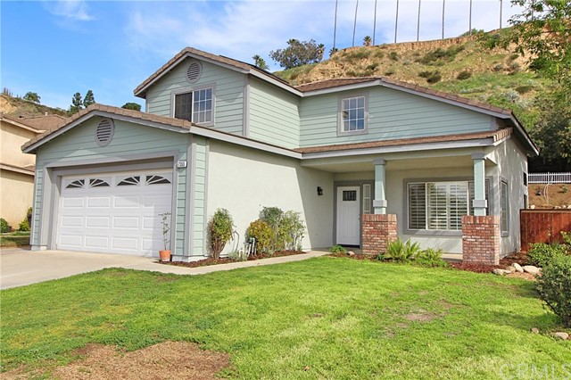 7355 Autumn Chase Drive, Highland, CA 92346