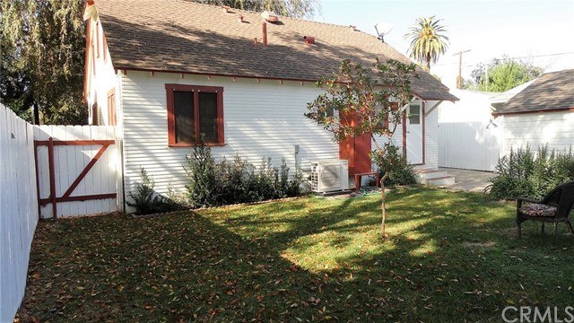 1692 N Marengo Av, Pasadena, CA 91103 Photo 13