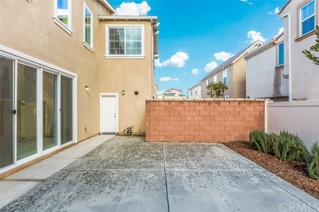 8695 Festival, Chino, California 91708, 4 Bedrooms Bedrooms, ,3 BathroomsBathrooms,Single family residence,For Lease,Festival,CV19008412