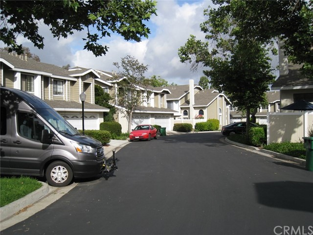 Image 2 of 23301 Via Linda #28, Mission Viejo, CA 92691