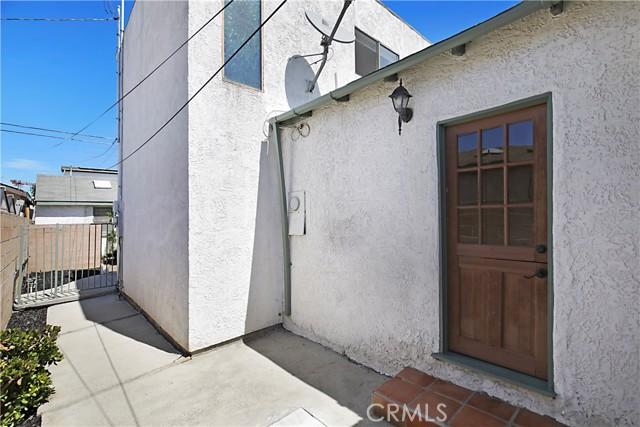 47. 12437 Caswell Avenue Mar Vista, CA 90066