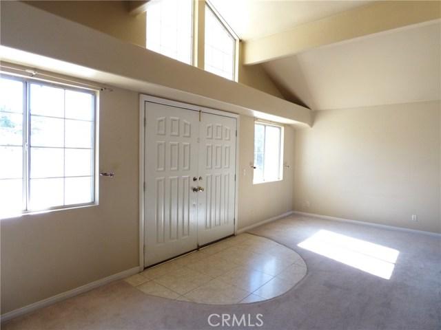 10974 Adobe Rd, Oak Hills, CA 92344 Photo 14