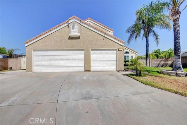 2586 N Driftwood Avenue, Rialto, CA 92377