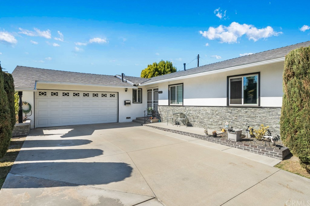 8401     Terry Drive, Huntington Beach CA 92647
