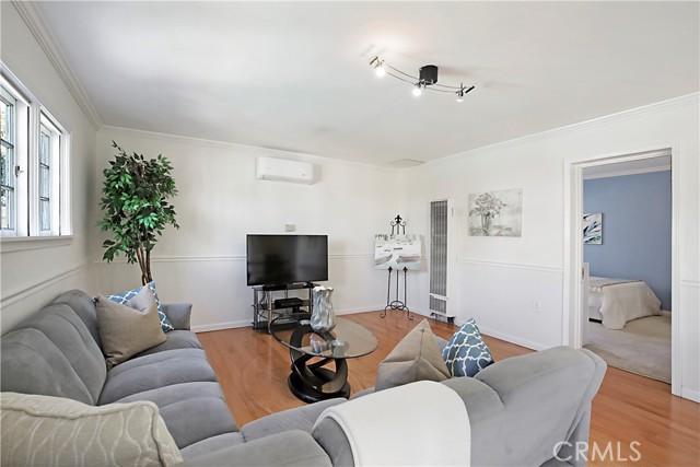 19. 12437 Caswell Avenue Mar Vista, CA 90066