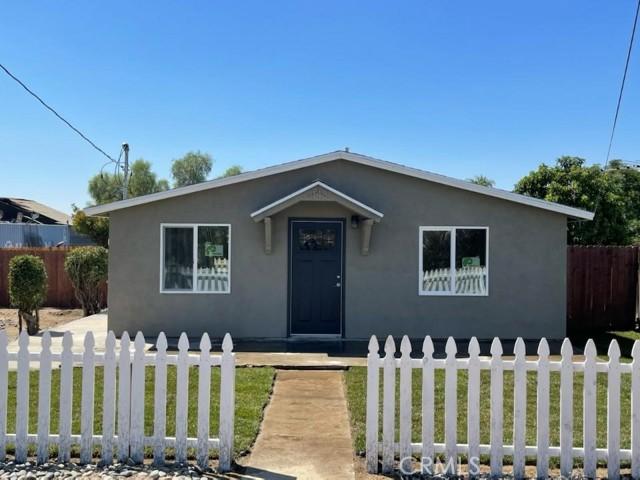 1143 Sapphire Ave, Mentone, CA 92359