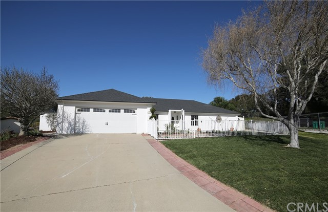 247 Saint Annes Place, Vandenberg Village, CA 93436