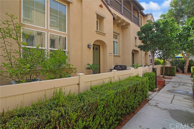 490 W Linden Drive, Orange, CA 92865