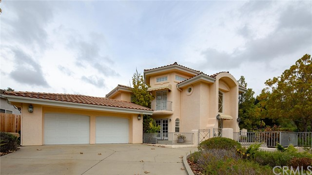 2038 Royal Way, San Luis Obispo, CA 93405