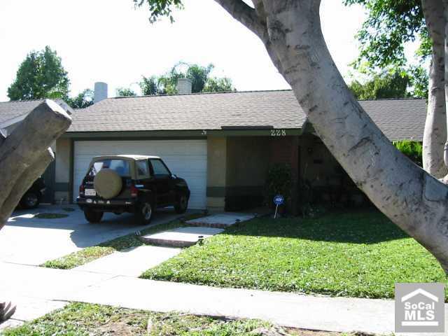 228 HIGHLAND Street, Orange, California 92867, 3 Bedrooms Bedrooms, ,For Sale,HIGHLAND,P473930