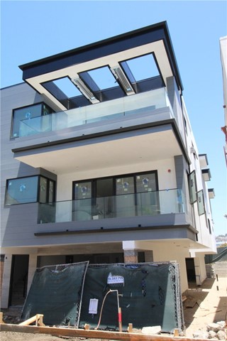Photo of 1612 LOMA DRIVE #B, Hermosa Beach, CA 90254