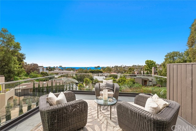 348 Y Place, Laguna Beach, CA 92651