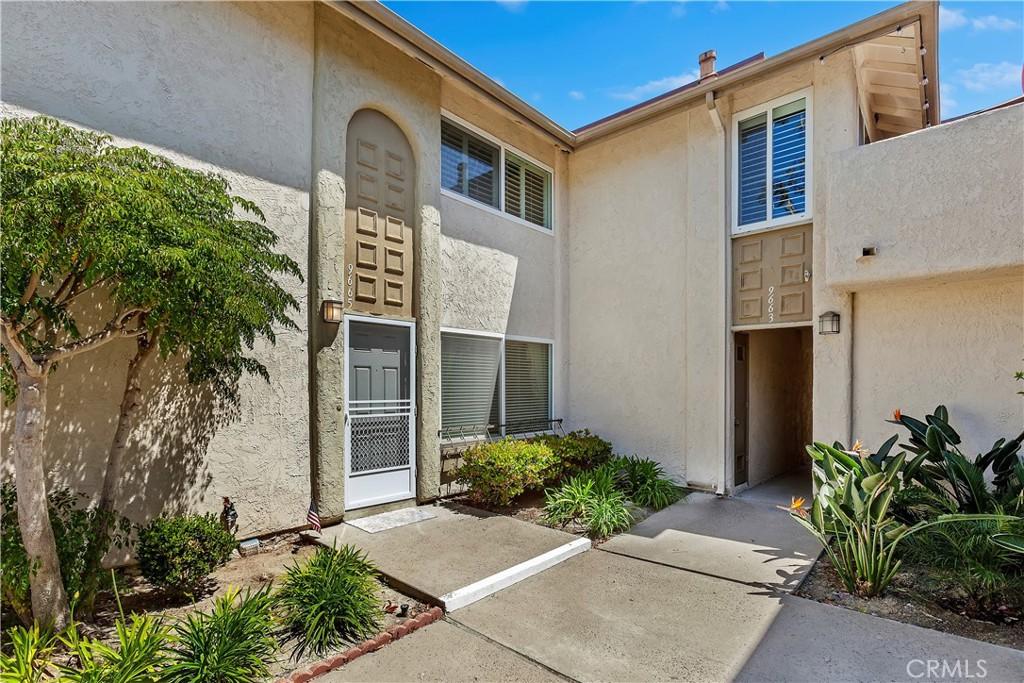 9665     Pettswood Drive   1, Huntington Beach CA 92646