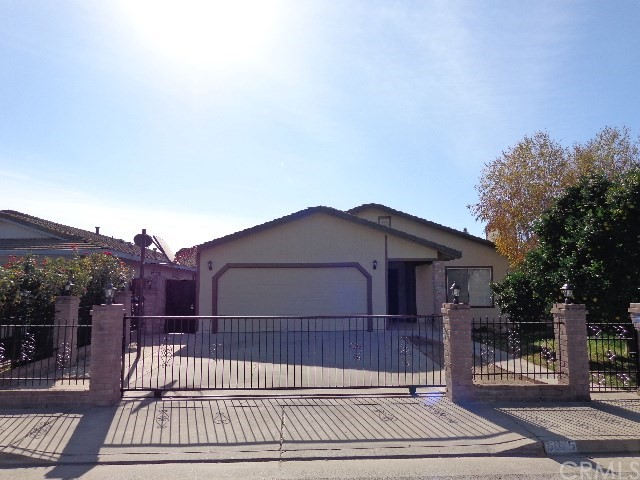 6915 Olive Avenue, Winton, CA 95388
