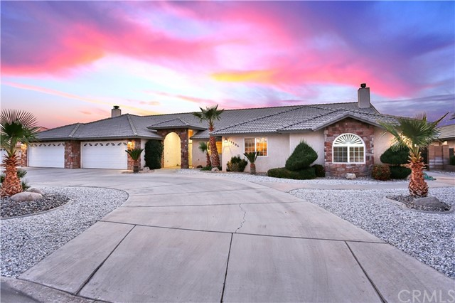 13306 Choco Road, Apple Valley, CA 92308