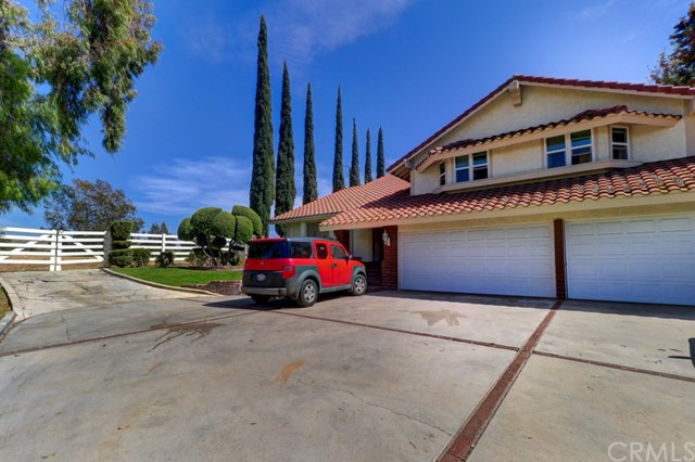 1494 Central Avenue, Riverside, CA 92507