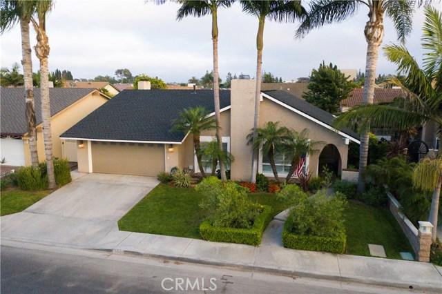 951 Begonia Avenue, Costa Mesa, CA 92626