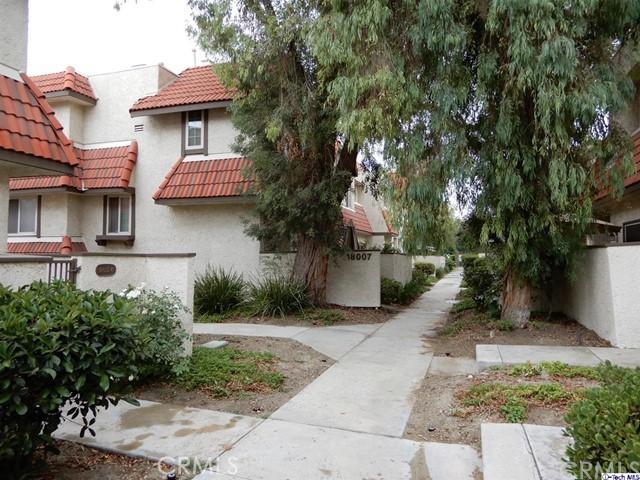18007 River Circle 5, Canyon Country, CA 91387
