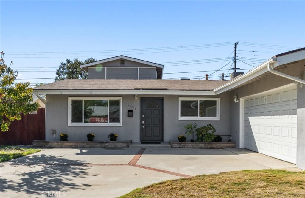 24238     Hartland Street, West Hills CA 91307