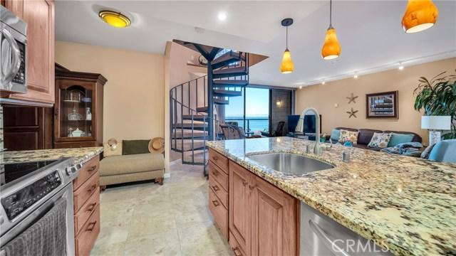 531 Esplanade, Redondo Beach, California 90277, 2 Bedrooms Bedrooms, ,1 BathroomBathrooms,Condominium,For Sale,Esplanade,SB21010965
