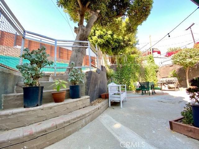 1240 N Bonnie Beach Pl, City Terrace, CA 90063 Photo 21