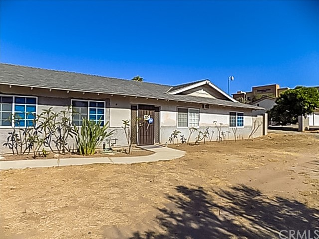 1955 Compton Avenue, Corona, CA 92881