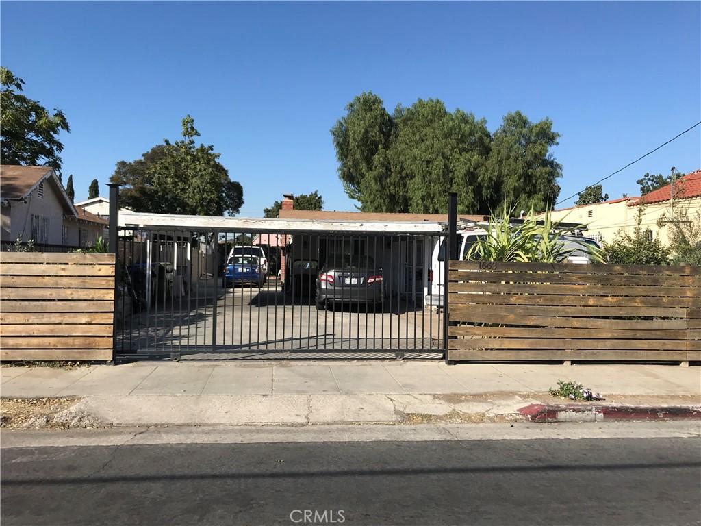 1663   E 115th Street, Los Angeles CA 90059