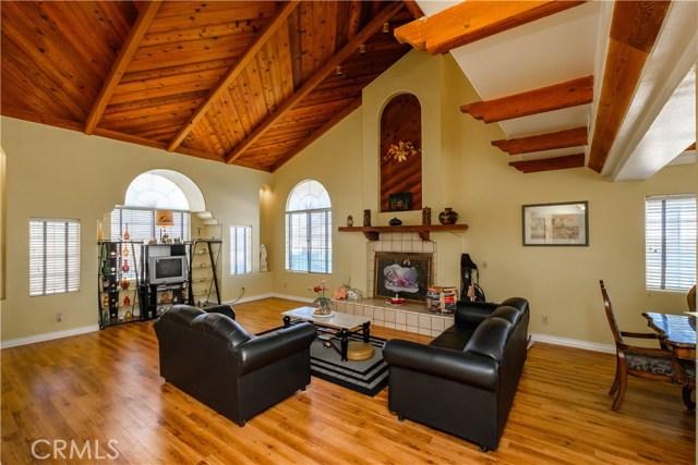 9063 Joshua Rd, Oak Hills, CA 92344 Photo 11
