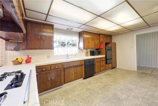 14. 8144 Primrose Lane Downey, CA 90240