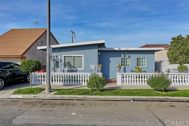 3437 Caspian Avenue, Long Beach, CA 90810