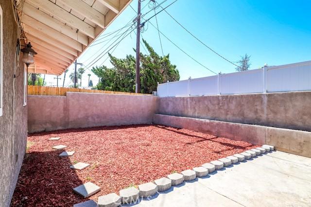 42. 450 E Rancho Road Corona, CA 92879