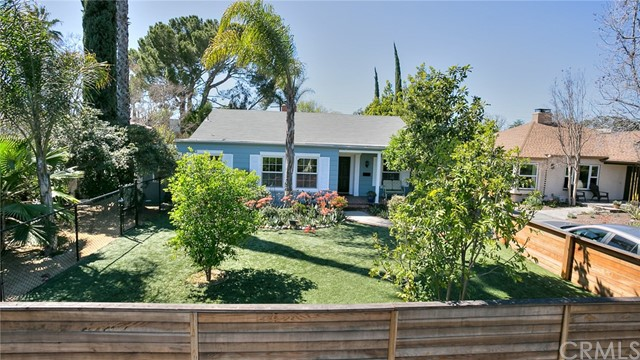 4833 Willowcrest Ave, North Hollywood, CA 91601