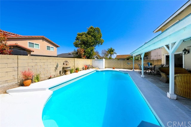 Plenty of room for a pool party with family & friends!