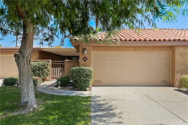 Completely remodeled 3 BR/2 BA unit on 16th fairway in prestigious Sunrise Country Club. Kitchen features newly installed quartz countertops, backsplash, appliances, and cabinet doors and drawer fronts. Master bath has dual sinks, new quartz countertops and backsplash. Spacious master bedroom with large walk-in closet. New flooring and baseboards throughout. Freshly painted. Panoramic mountain views. Sunrise is a 24-hour guard gated community with an 18 hole executive golf course, tennis, pickle ball, fitness room and multiple community pools. Short term rentals of 28+ days allowed. Sunrise CC's transfer fee is only $200 when selling unit, as opposed to similar clubs (Monterey, Rancho Las Palmas, Palm Valley, etc) in the $7000-$9,000 range.