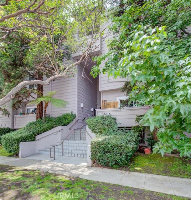 12016 Washington Place, Los Angeles, California 90066, 2 Bedrooms Bedrooms, ,2 BathroomsBathrooms,Townhouse,For Sale,Washington,SB19179223
