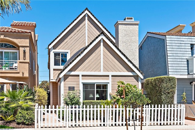 523  10th Street, Huntington Beach, California