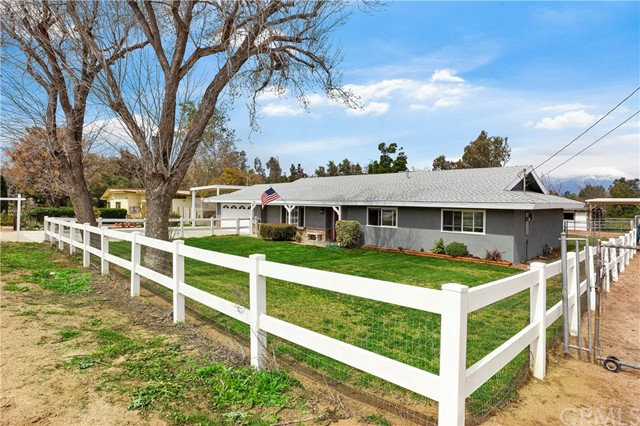 927 4th Street, Norco, CA 92860