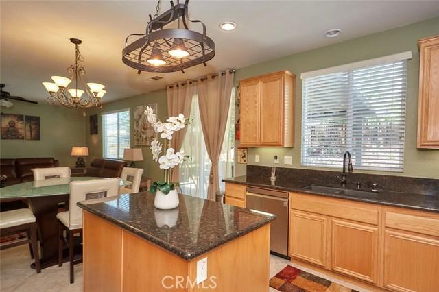 13803 Grant Wy, Oak Hills, CA 92344 Photo 15