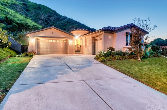 1740 Oakridge Drive, Corona, CA 92882