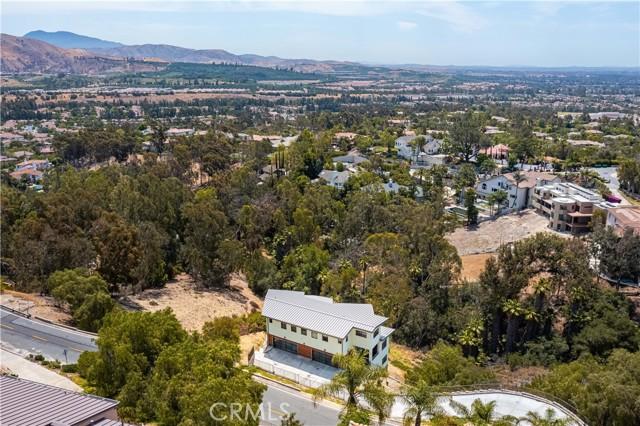 68. 2175 Lemon Heights Drive North Tustin, CA 92705