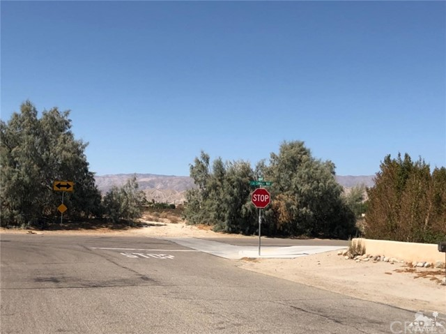 La Canada Way, Thousand Palms, CA 92276