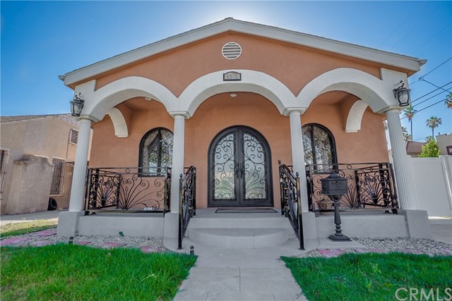 5310 S St Andrews Place, Los Angeles, CA 90062