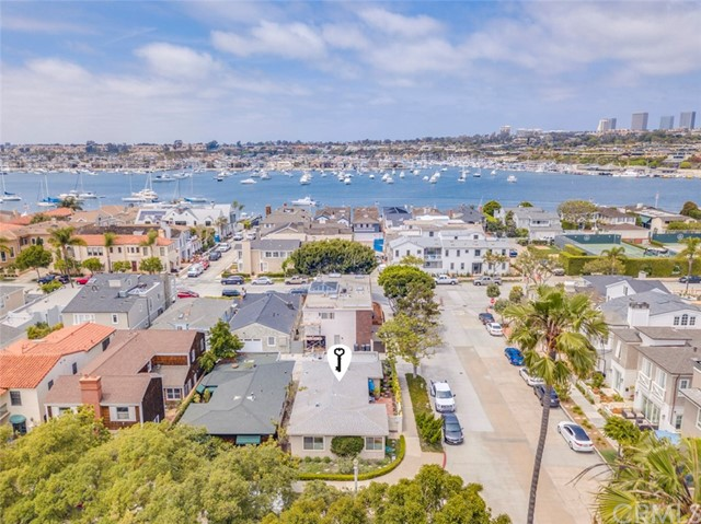 1752 Plaza Del Norte, Newport Beach, CA 92661