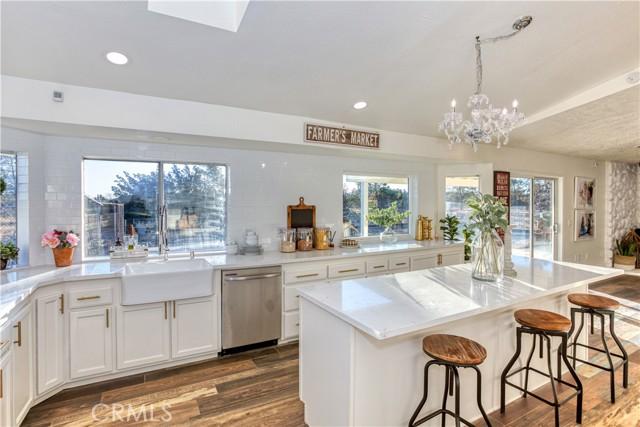 9175 Coleridge Rd, Oak Hills, CA 92344 Photo 9