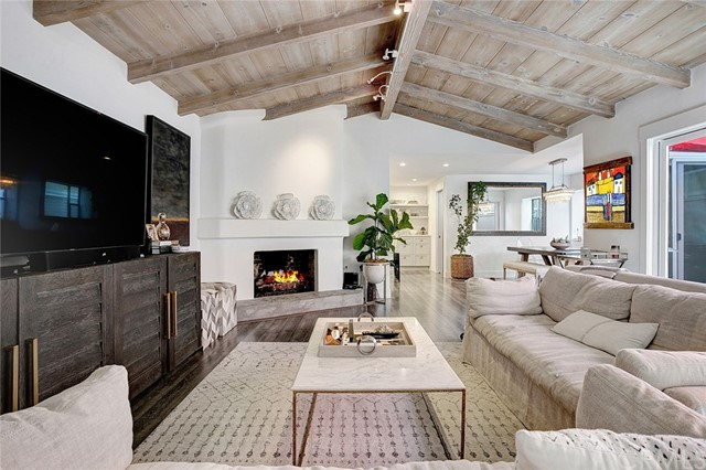 114 Via Orvieto, Newport Beach, CA 92663