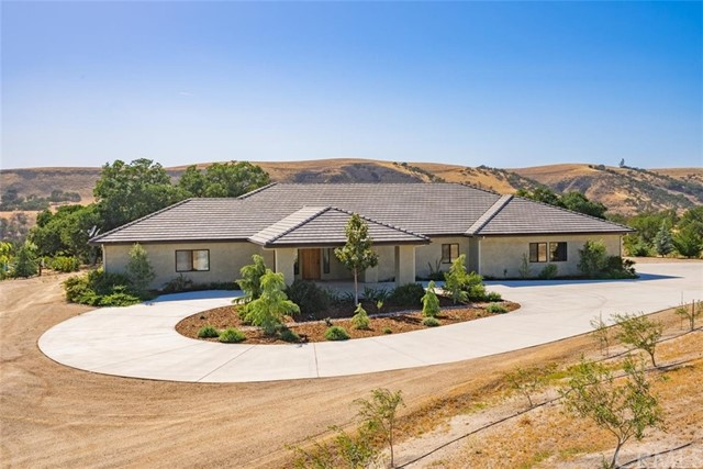 72827 Indian Valley Rd, San Miguel, CA 93451 Photo