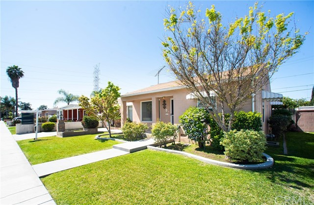 8971 Kauffman Avenue, South Gate, CA 90280