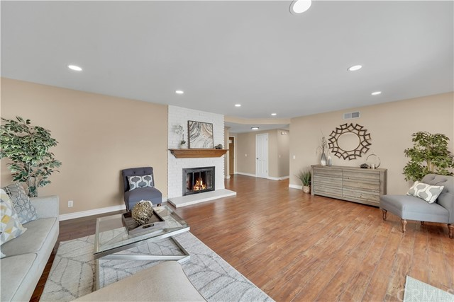 15. 18549 Lime Circle Fountain Valley, CA 92708