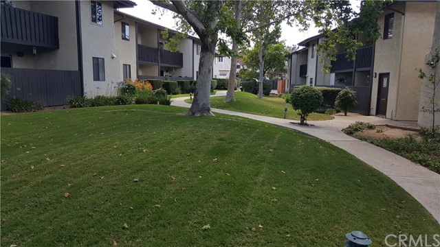 Property for sale at 1676 Maple Avenue Unit: 19, Solvang,  California 93463