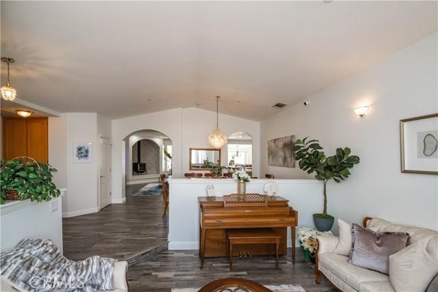 9875 Alta Mesa Rd, Oak Hills, CA 92344 Photo 6